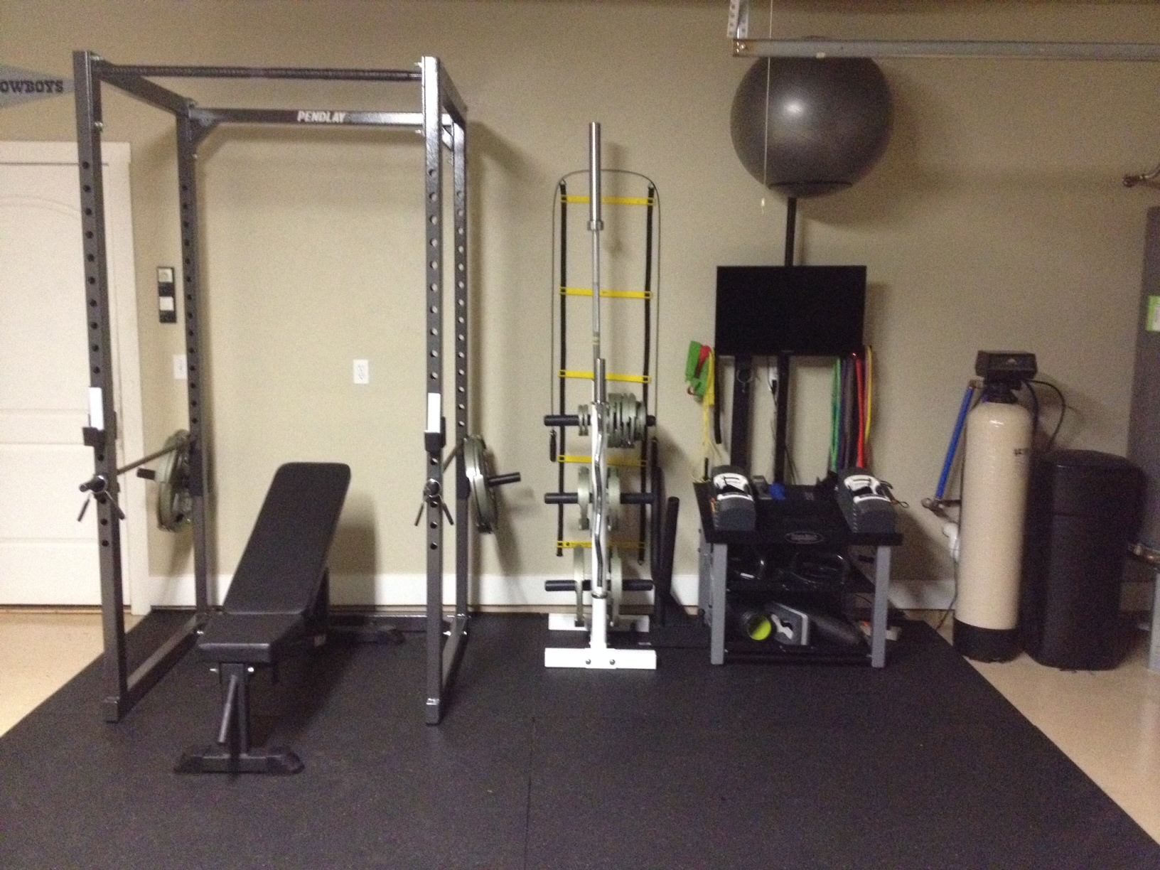 Garage gym emangelize